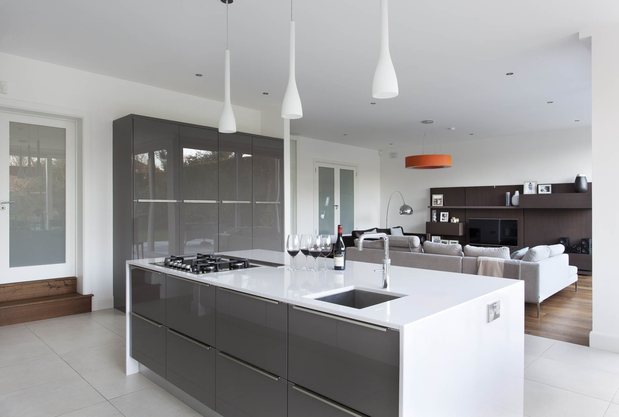 Gloss White And Grey Contemporary Kitchen Malahide - Grey and white gloss kitchen